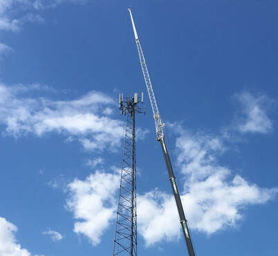 Telecommunications Crane rental equipment